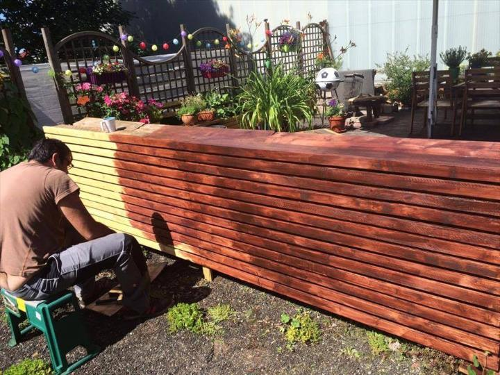 staining of wooden surfaces