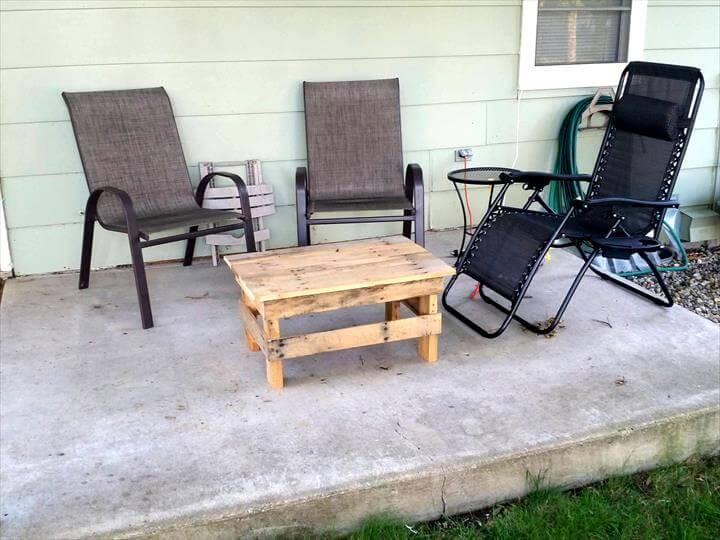 recycled pallet mini table or ottoman