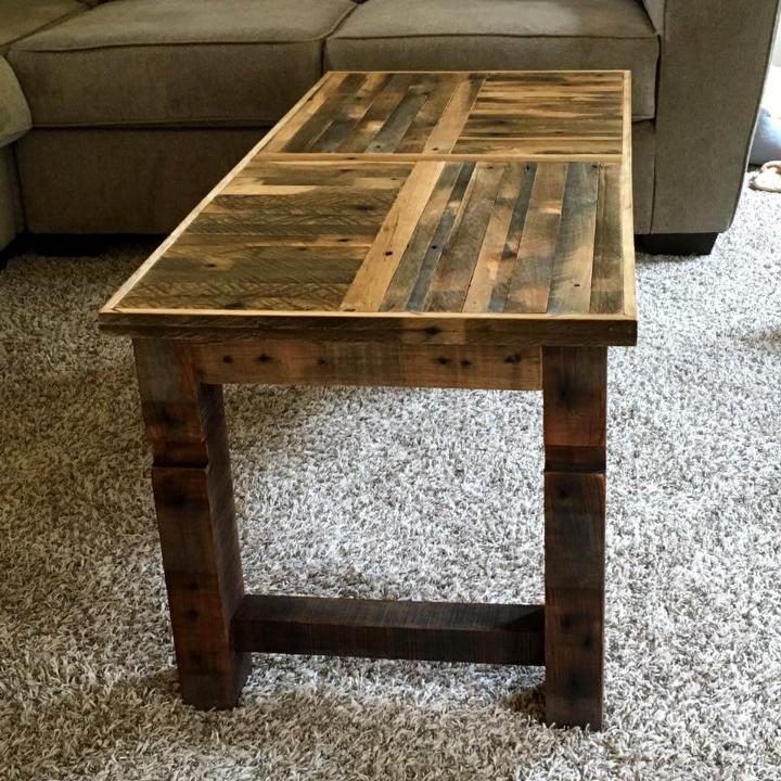 Diy Coffee Table Made Of Oak Pallets Easy Pallet Ideas