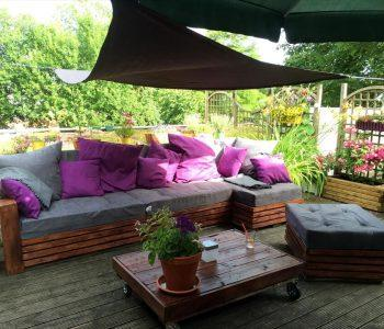wooden pallet lounge