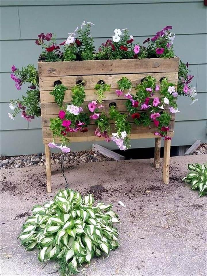 wooden pallet vertical flower planter
