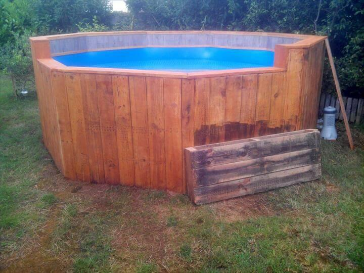 repurposed wooden pallet outdoor swimming pool