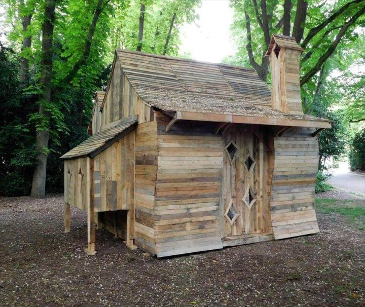 repurposed pallet outdoor cabin or playhouse