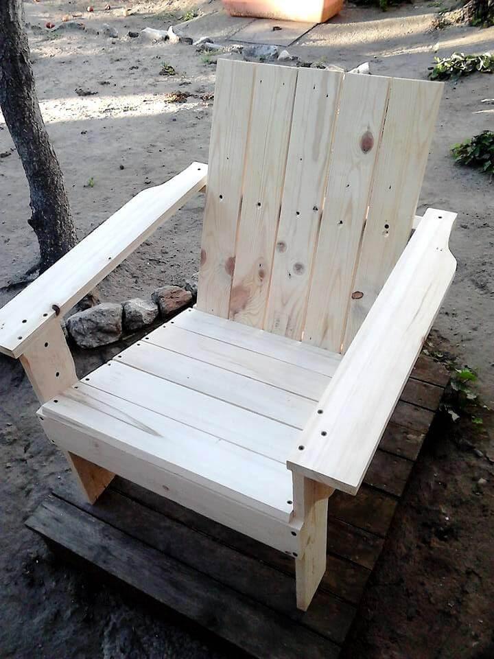 Handmade pallet Adirondack chair