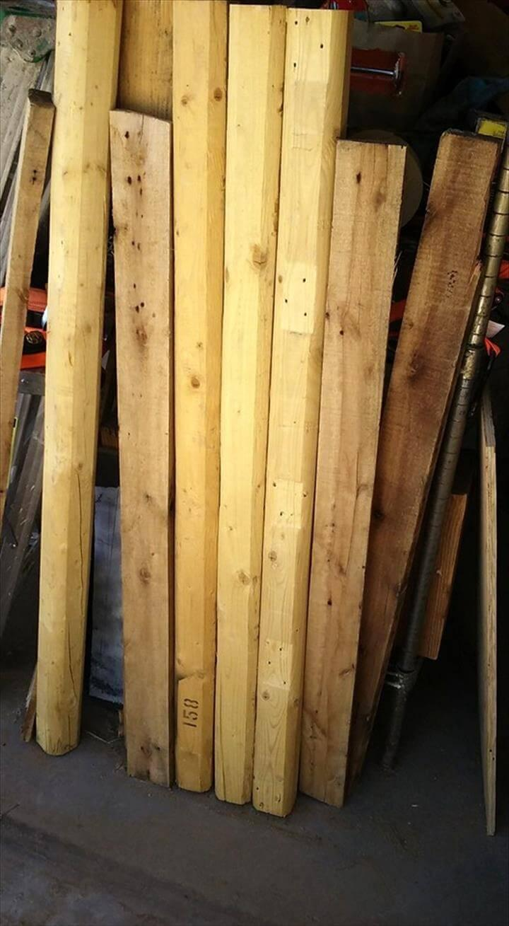 wooden pallet slats and round wooden dowel legs