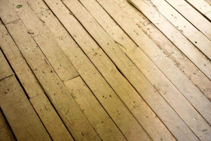 pallet cabin wooden floor