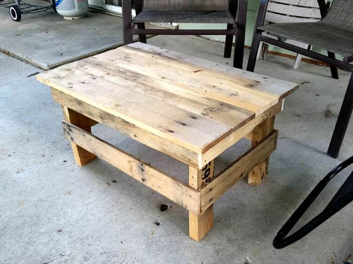 pallet mini coffee table or stool