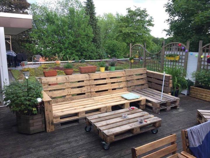 handcrafted wooden pallet patio sofa set