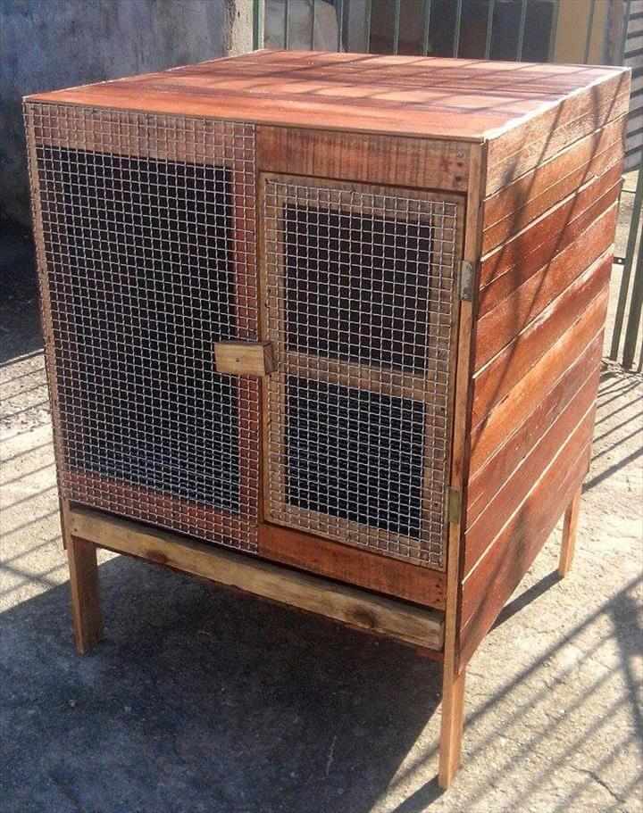 pallet chicken coop or bird cage