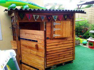 self-made wooden pallet playhouse