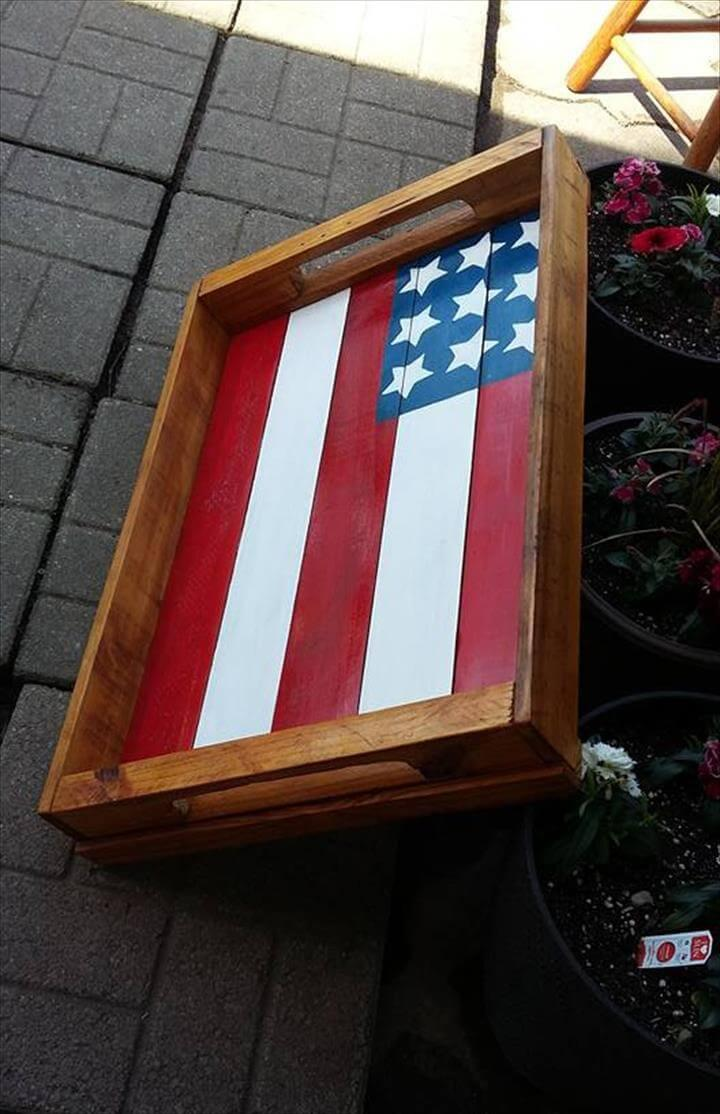 pallet tray with painted country flag