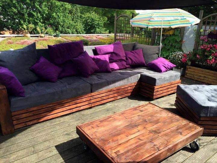 pallet party lounge done with pallets