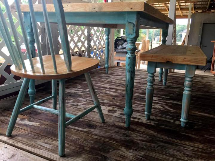 diy refurbished pallet dining set
