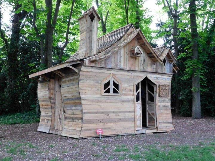 stylish outdoor cabin made of pallets