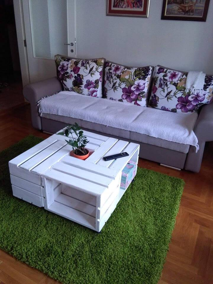 white painted pallet crate coffee table
