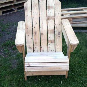diy pallet Adirondack chair