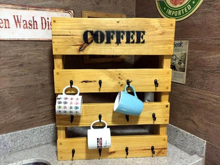 diy wooden pallet coffee mug rack