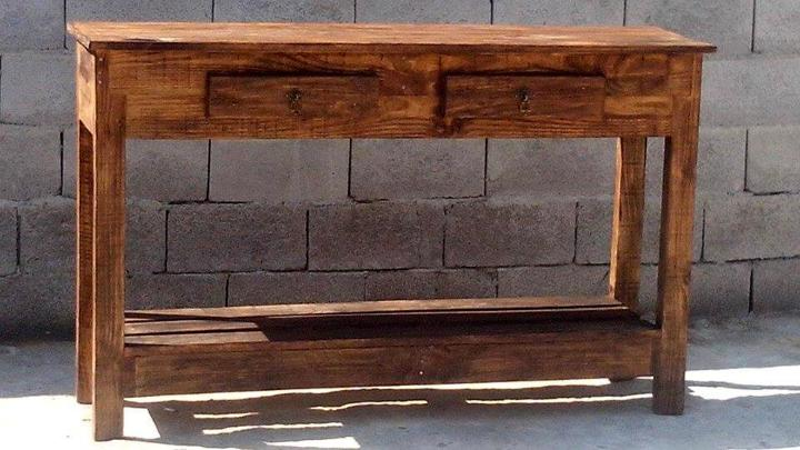 pallet console table with 2 drawers and lower shelf