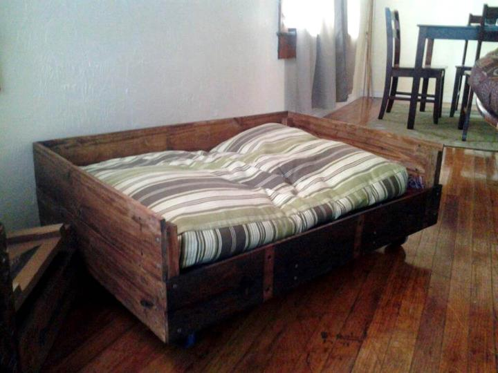 rustic yet sturdy wooden pallet dog bed