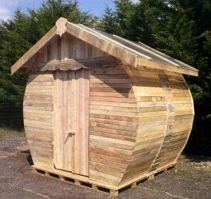 Outdoor Pallet Toilet Cabin