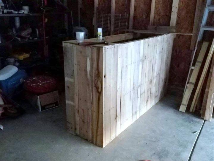 diy pallet work bench