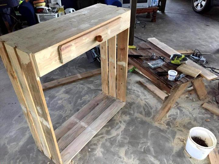recycled pallet shoes rack with one drawer