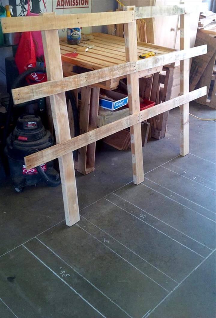 diy wooden pallet lattice frame for headboard