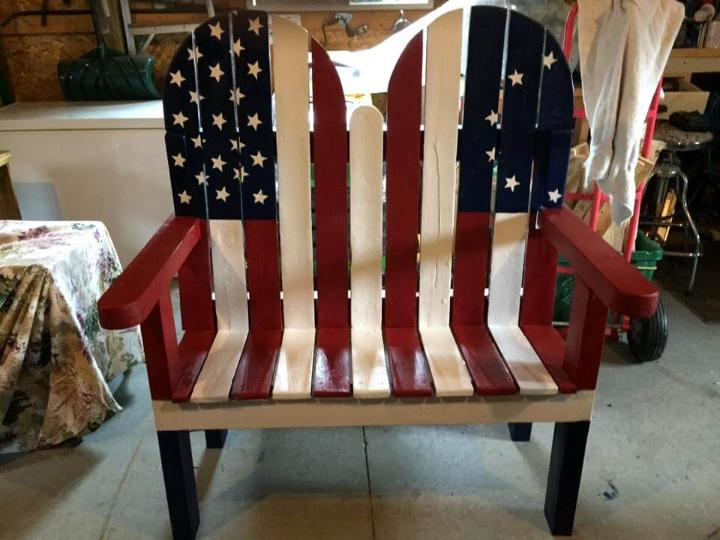 pallet flag bench
