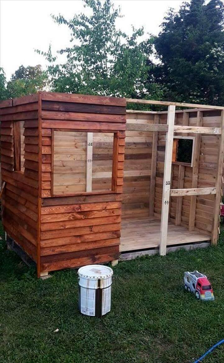 pallet playhouse or clubhouse installation