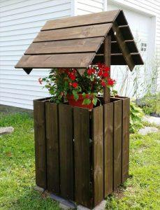 Build Easy Pallet Wishing Well