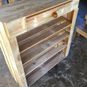 custom-built wooden pallet shoes rack