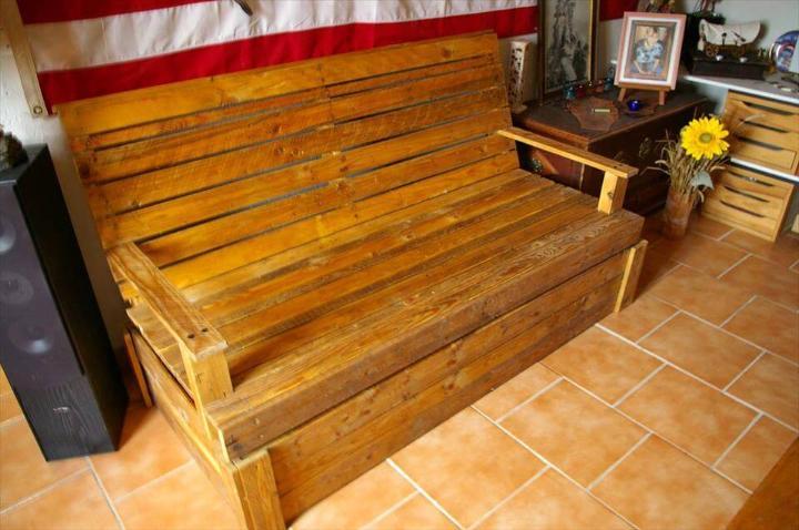 pallet sofa seat