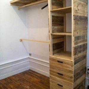 no-cost wooden pallet cupboard or closet
