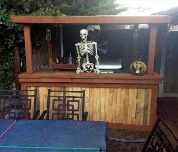 no-cost pallet Halloween bar
