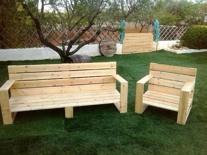 no-cost pallet garden bench or chair set