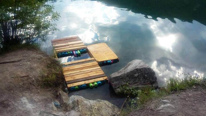 DIY Pallet And Swim Noodles Floating Dock Easy Ideas