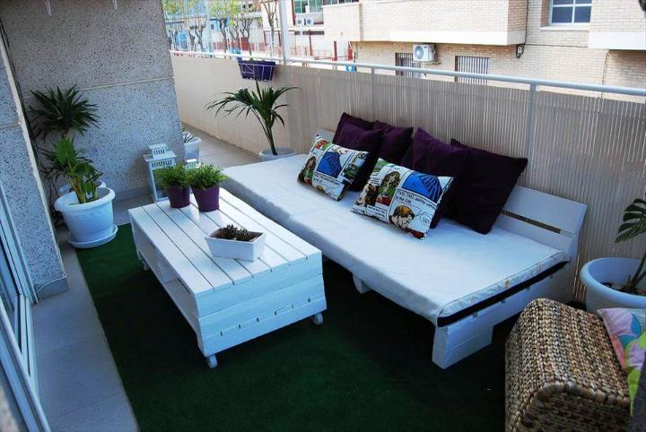 no-cost pallet balcony furniture