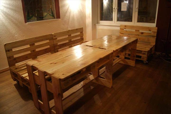 wooden pallet bar seats and table set