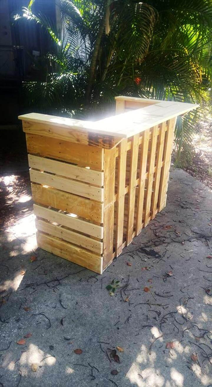 Re-purposed pallet bar