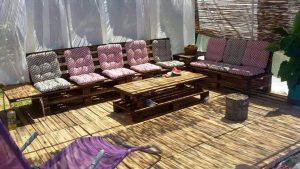 low-cost pallet deck and furniture project