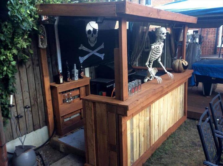 handmade wooden pallet Halloween bar