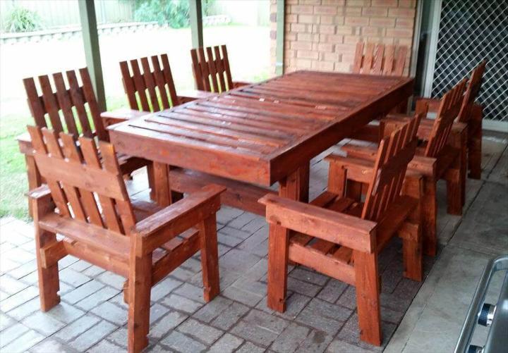 pallet-made-dining-set
