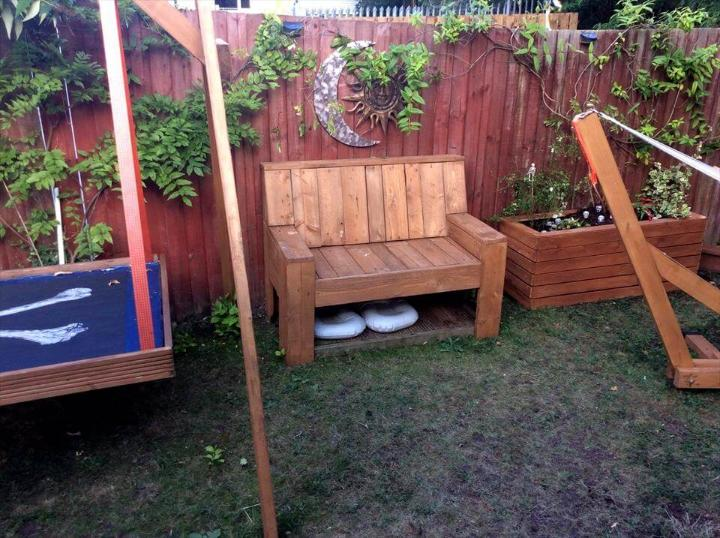 beefy pallet backyard bench