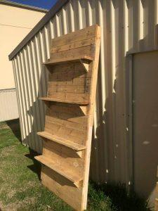 Pallet Vertical Display Shelves and Table Project