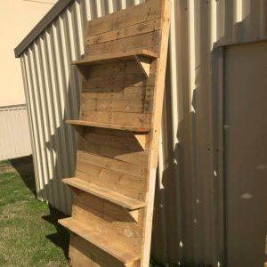 pallet-made display shelves