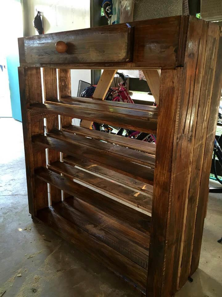upcycled wooden pallet shoes rack