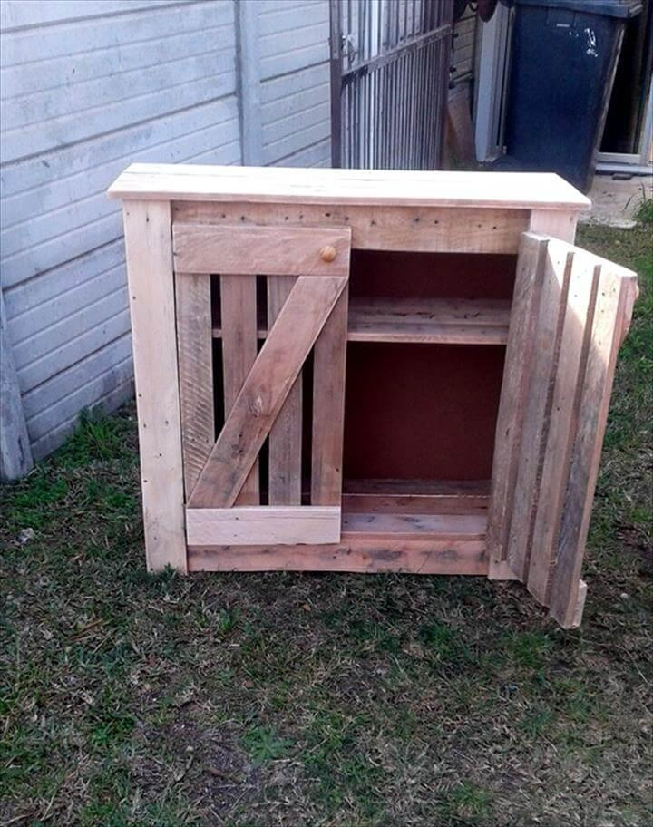 storage cabinet made of pallets