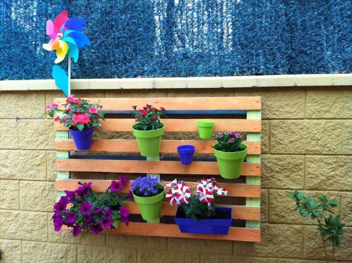 reclaimed pallet wall hanging pot holder