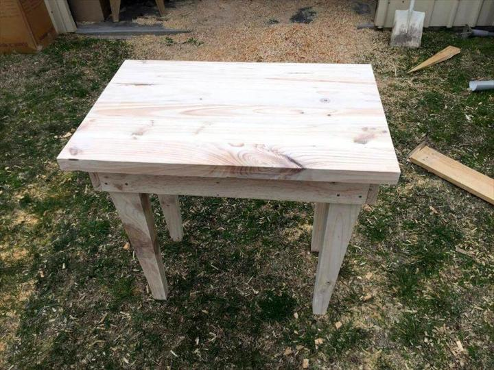pallet-made side table or end table