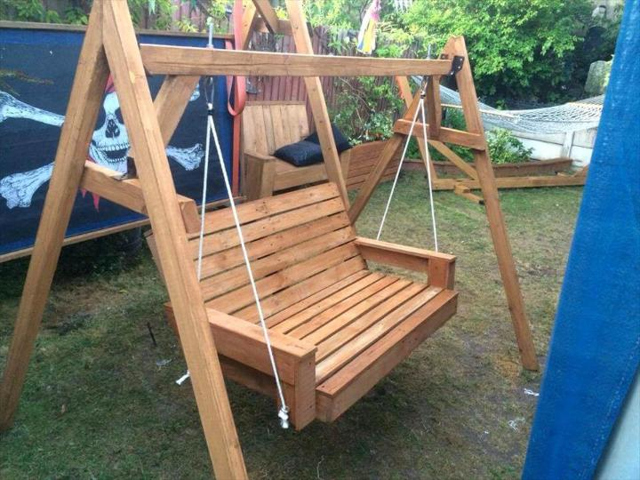 repurposed wooden pallet garden swing